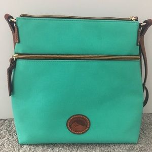 NWOT tags Dooney & Bourke shoulder bag in mint